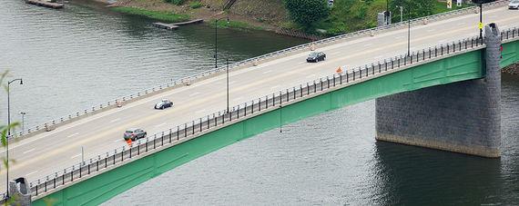 hulton bridge 1