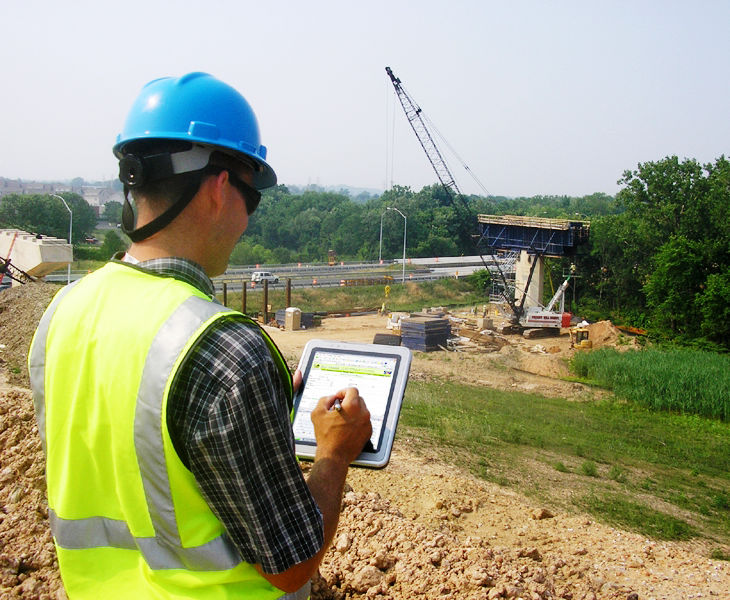 BEYOND PAPER MAPS: HOW McCORMICK TAYLOR'S GIS EXPERTS STREAMLINE FIELD DATA COLLECTION